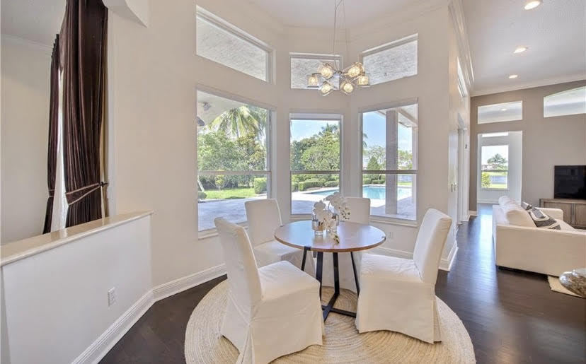 Dining room for home staging companies in Fort Lauderdale