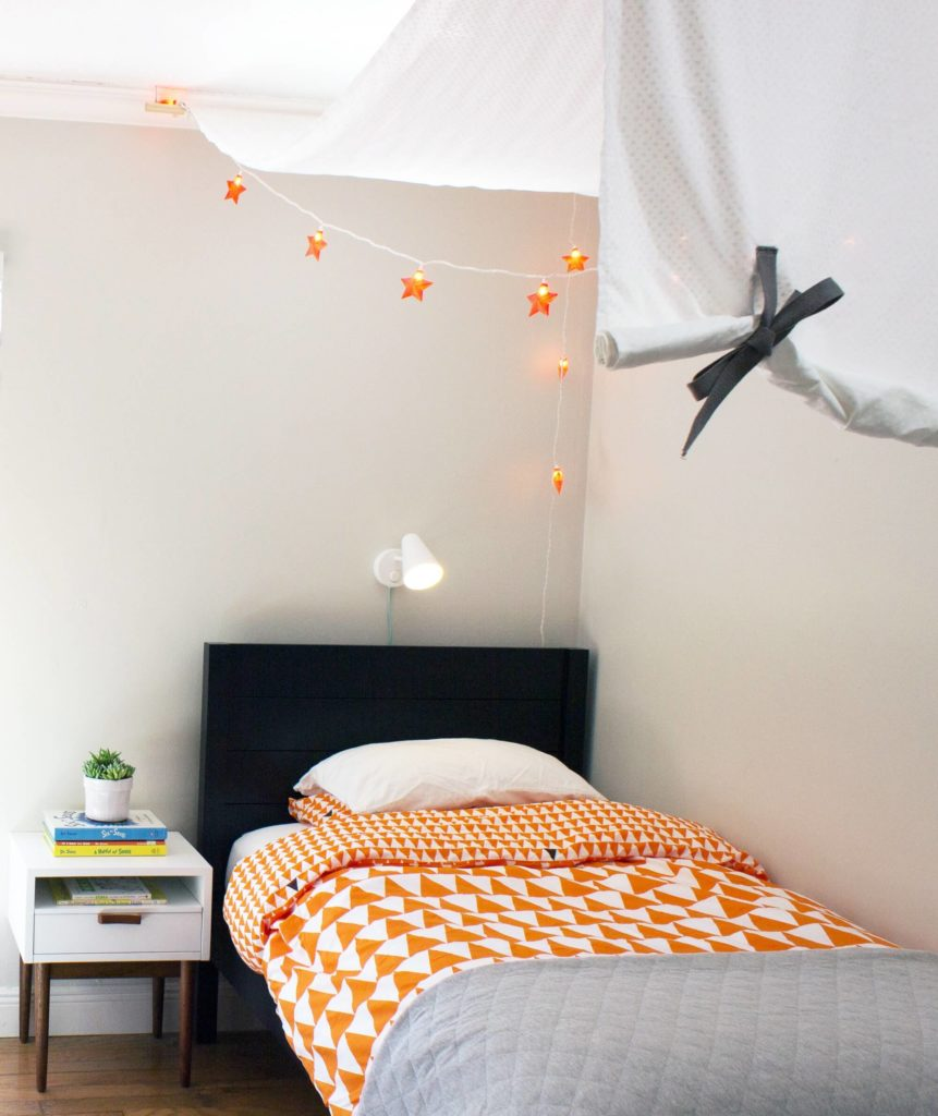 how to decorate a boy room in safari style